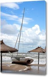 Постер Яхта на берегу.