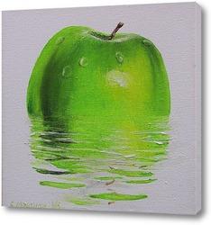 Картина Яблоко в воде